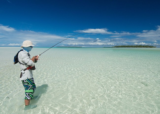 A fly fishing guide showing how to fish near Playa del Carmen.